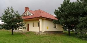Дом с оригинальными окнами на чердаке 111 кв.м